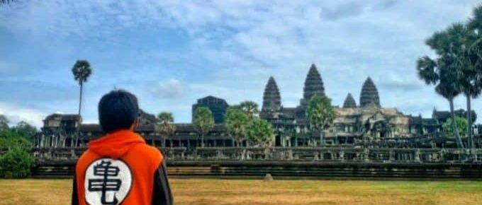 Dropping Out Of College To Travel The World at 18-years-old, Here's What Happened
